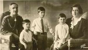 cei trei copii ai Marioarei